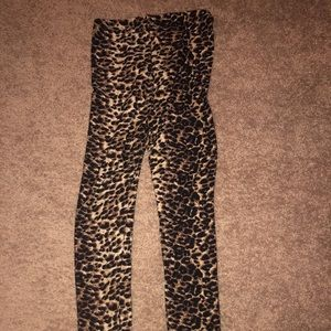One size fits all leopard print leggings